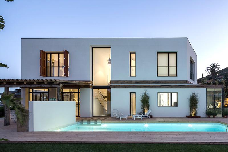 Construcción de vivienda unifamiliar en Badalona